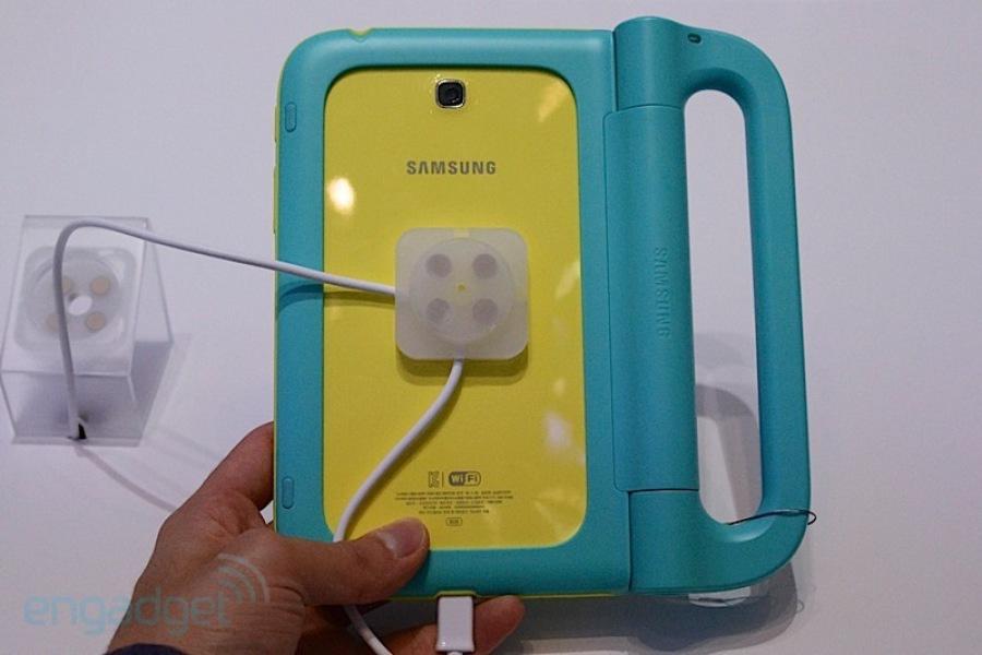 ifa 2013 samsung galaxy tab 3 kids tablet gets handled at. Black Bedroom Furniture Sets. Home Design Ideas