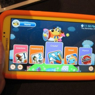 Samsung Galaxy Tab 3 Kids Edition Gets Handled in Front of Camera