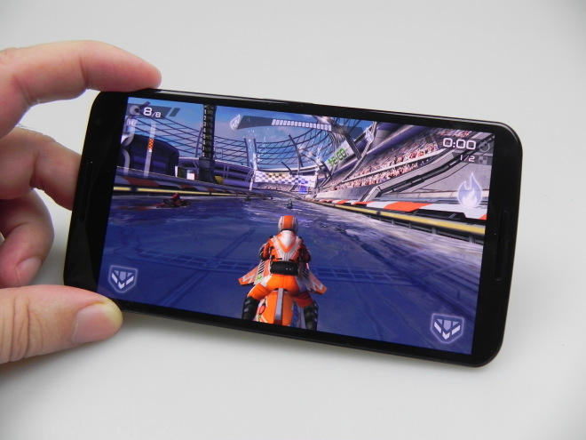 Motorola-Nexus-6-Review_073