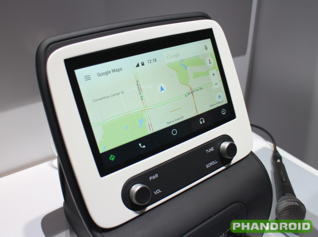 here 39 s how panasonic 39 s android auto implementation looks. Black Bedroom Furniture Sets. Home Design Ideas