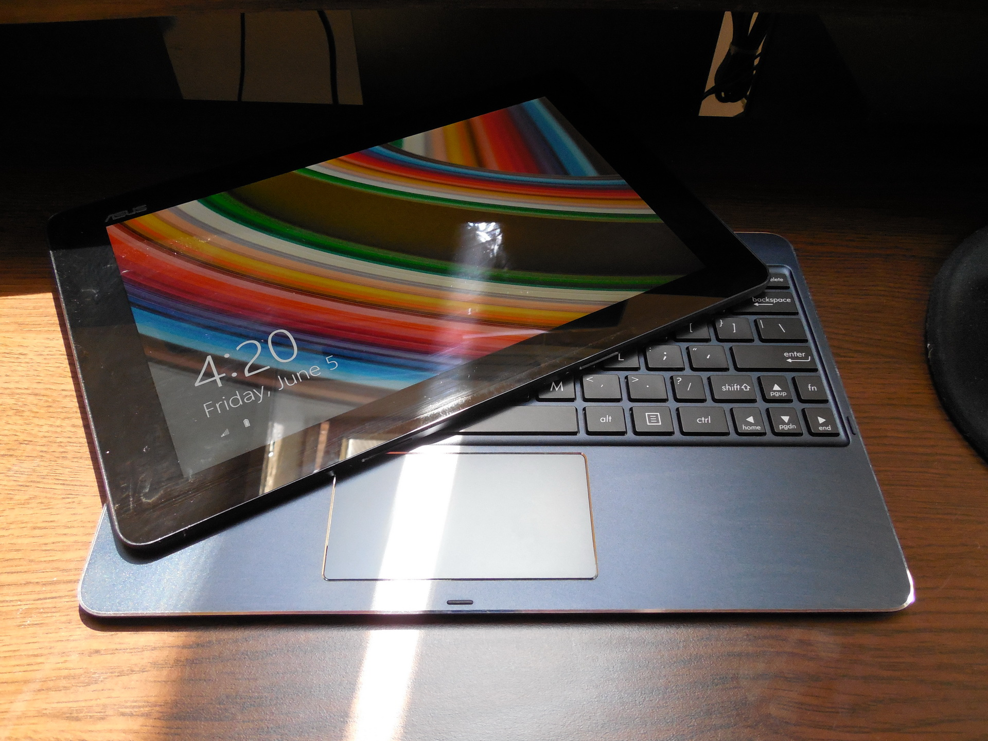Asus transformer book t100 chi review better laptop replacement than android or ios slates - Asus transformer t100 ports ...