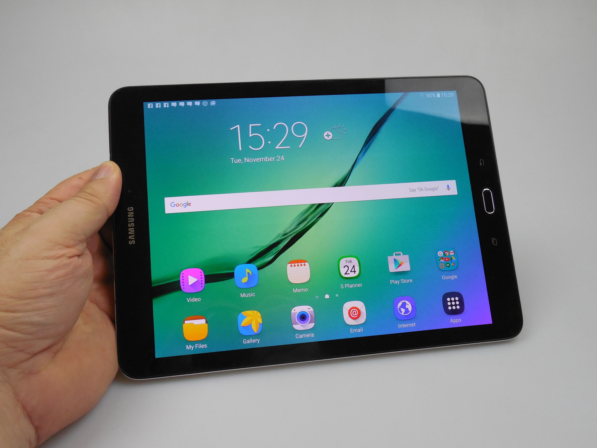 Samsung galaxy tab s2 9 7 review thinnest tablet in the for Samsung galaxy s tablet