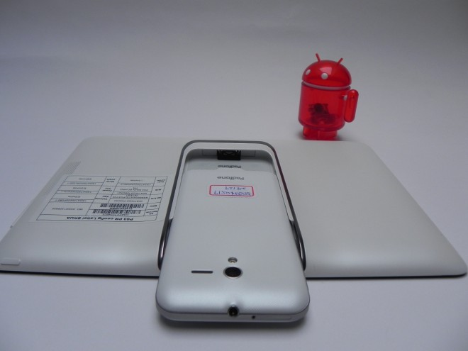 Asus-PadFone-2-review-Tablet-News-com_26-660x495
