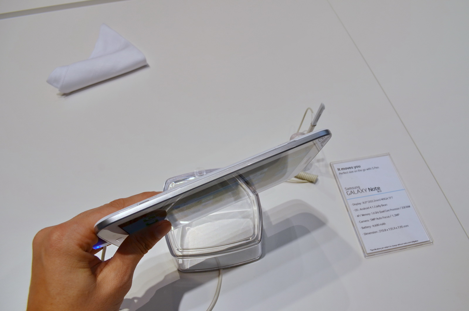 MWC 2013: Samsung Galaxy Note 8.0 Previewed for Us in ...