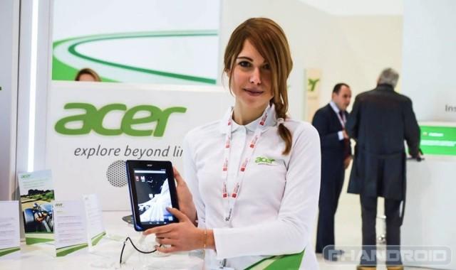 Acer-girl-white-1-640x380