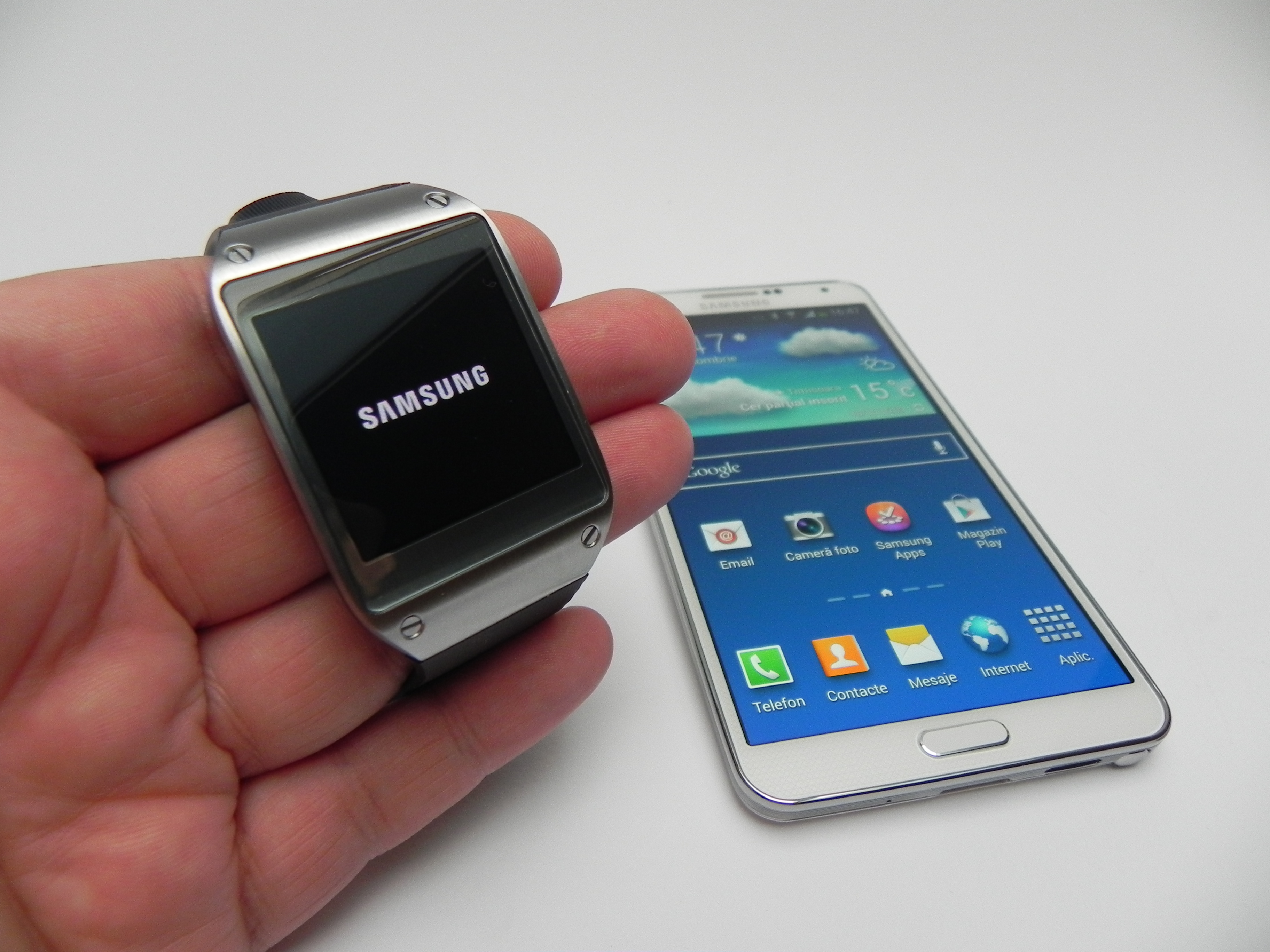 how to get into settings samsung gear s2 watach