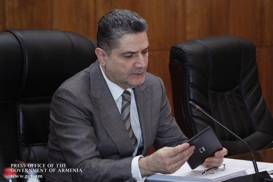 armtab-armenian-tablet-tigran-sargsyan