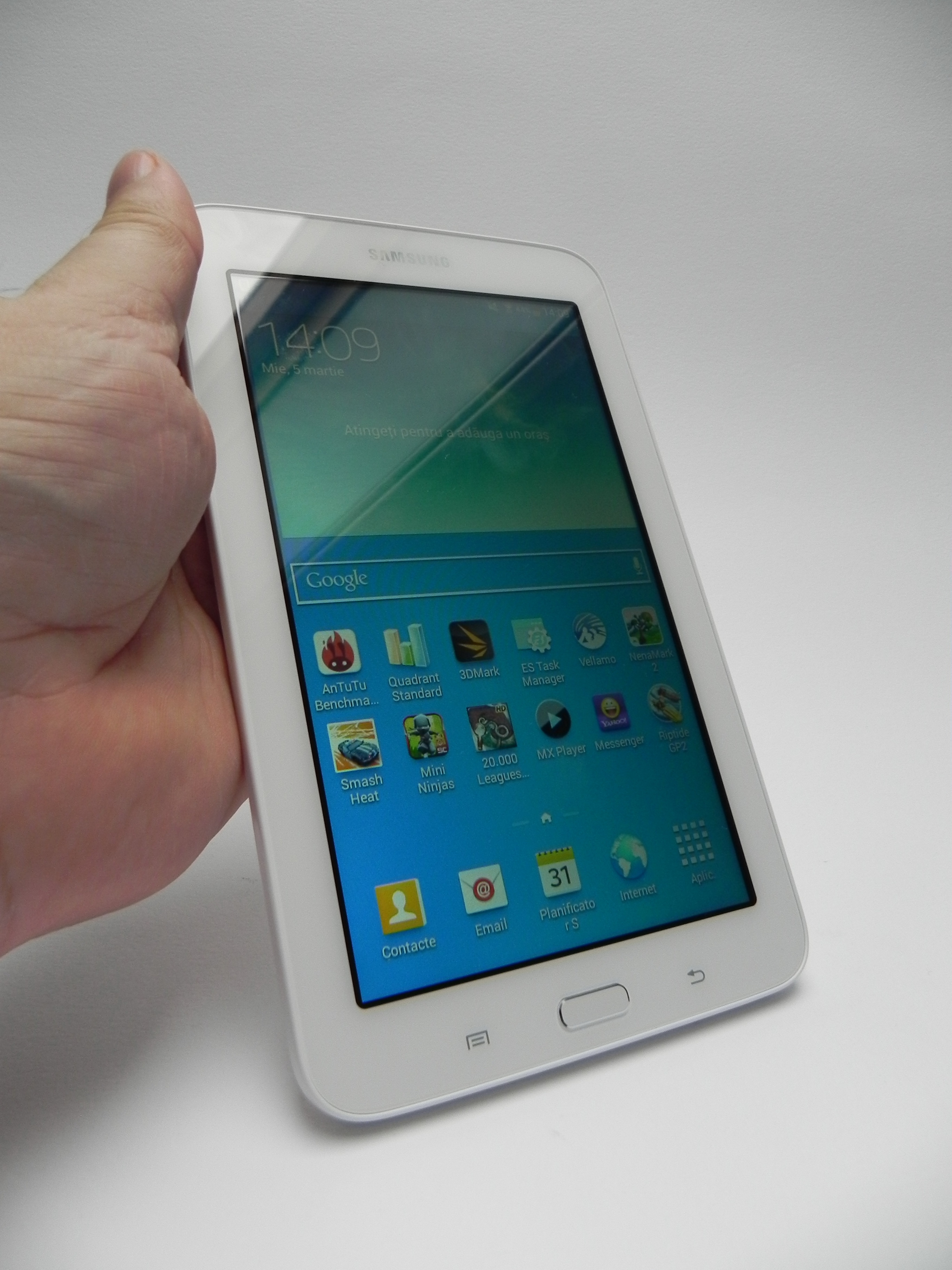 samsung galaxy tab 3 lite review lite on the wallet too. Black Bedroom Furniture Sets. Home Design Ideas