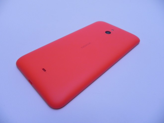 Nokia-Lumia-1320-review-tablet-news-com_06