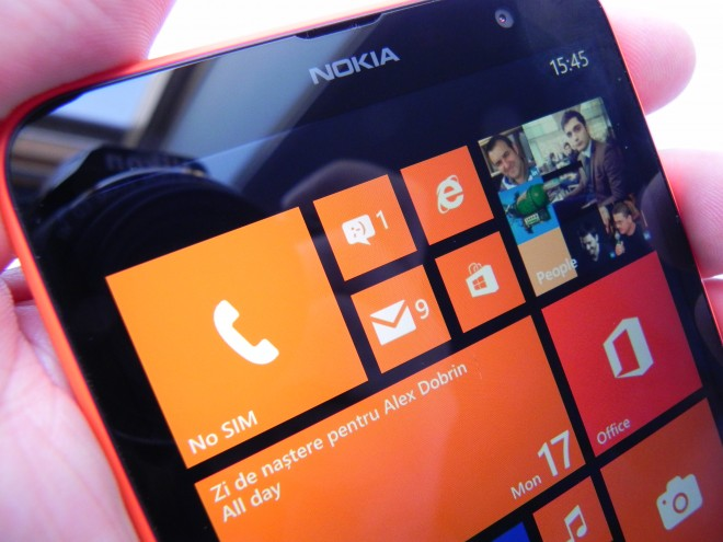 Nokia-Lumia-1320-review-tablet-news-com_49