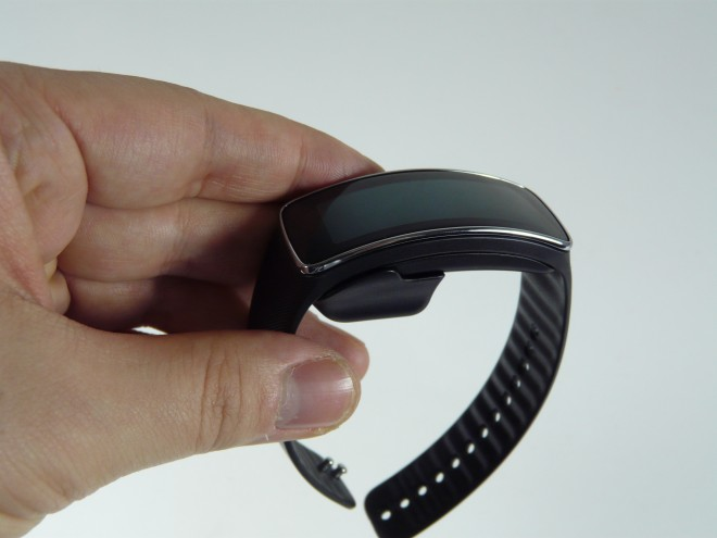 Samsung-Gear-Fit-review_51