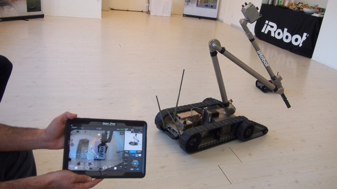iRobot_uPoint_and_Packbot