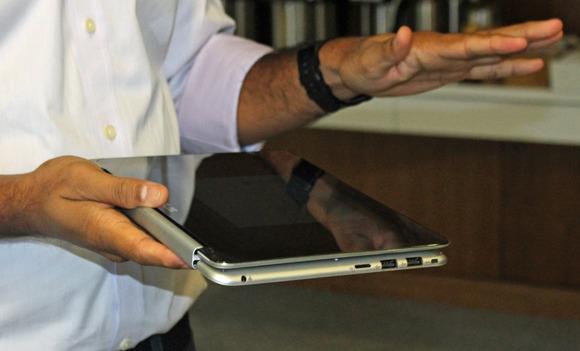 asus_chromebook_flip_tablet_left_side_ports-100576251-large