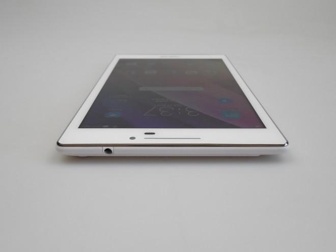 Asus-ZenPad-70_034