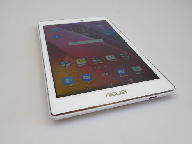 Asus-ZenPad-70_037